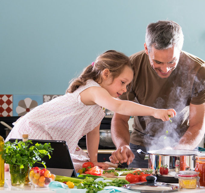 10 Great Dishes to Cook With the Little Ones